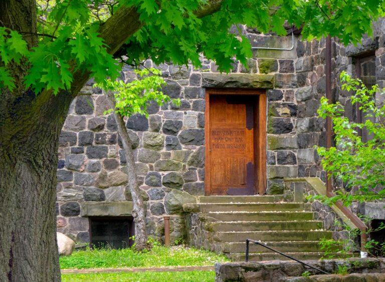 Roycroft door